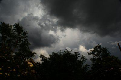 Jetzt erst recht - dem schlechten Wetter mit Sling Training trotzen!