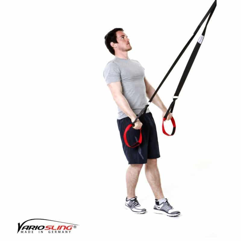 Sling-Trainer-Armübungen-Swim Pull mit versetzten Füßen-02