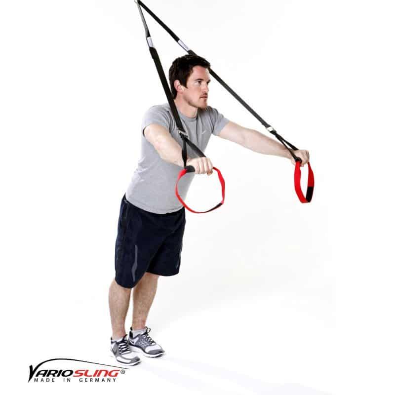 Sling-Trainer-Armübungen-Trizeps vor der Brust mit tiefen Ellenbogen-01