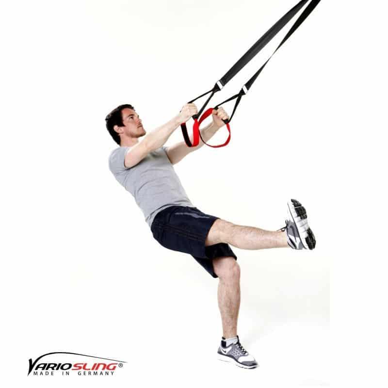Sling-Trainer-Beinübungen-Einbeinige Kniebeuge mit Kick-02