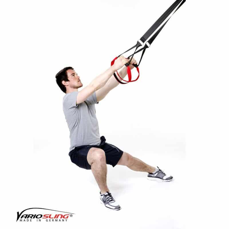 Sling-Trainer-Beinübungen-Hocke Seite zu Seite mit Abduktion-01