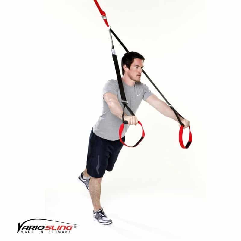 Sling-Trainer-Brustübungen-Chest Press halten ein Bein nach hinten anheben-02