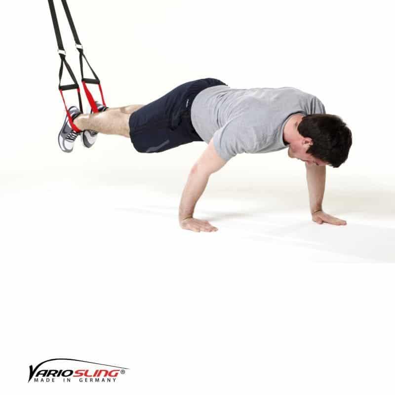Sling-Trainer-Brustübungen-Push-up Hände versetzt-01