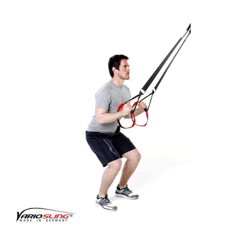 Sling-Trainer-Rückentraining-Arme gebeugt und Hände beieinander-01