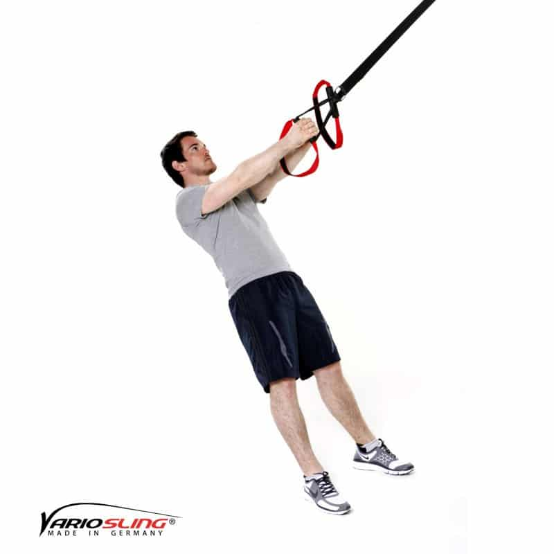 Sling-Trainer-Schulterübungen-Oberkörperrotation mit gestreckten Armen-01