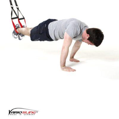 Sling-Trainer Bauchübung – ReCrunch auf versetzten Händen