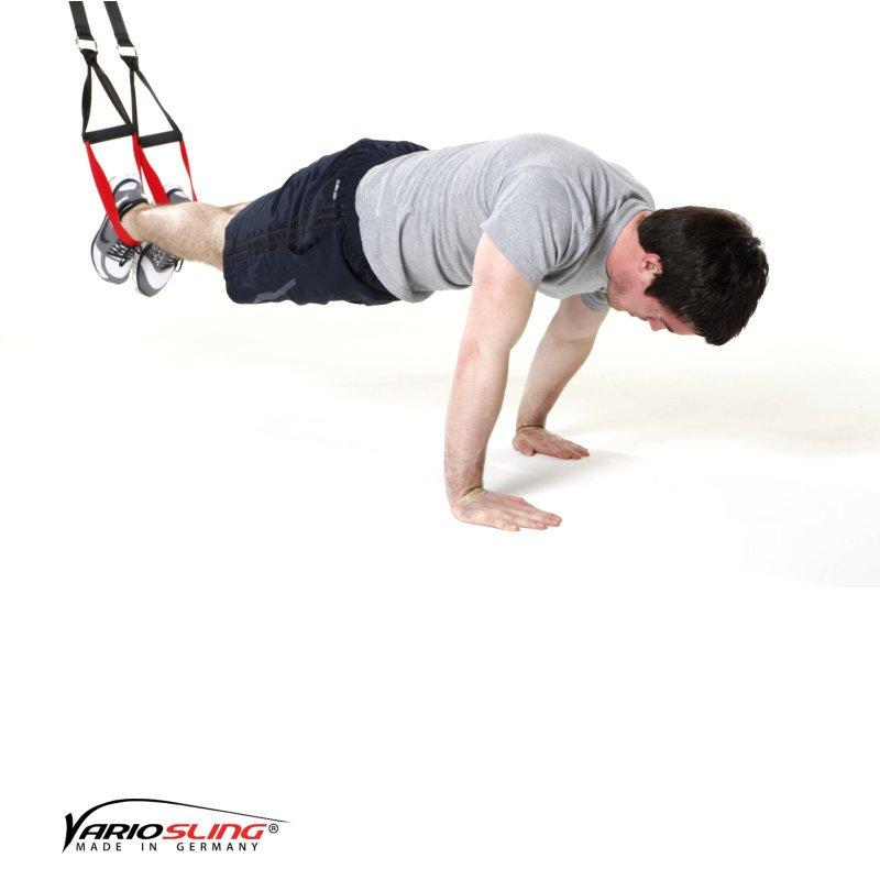 Sling trainer Bauchtraining ReCrunch auf versetzten Händen 01