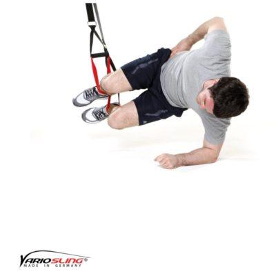 Sling-Trainer Übung – Sidestaby beide Knie anziehen