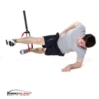 Sling-Trainer Bauchübung – Sidestaby einbeinig, oberes Bein strecken