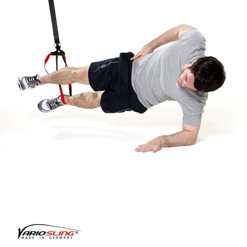 sling-trainer-bauchtraining-Sidestaby einbeinig oberes Knie anziehen-01