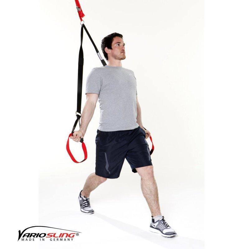 sling-trainer-uebung-ganzkoerper-aufrechte-ausfallschritte-01