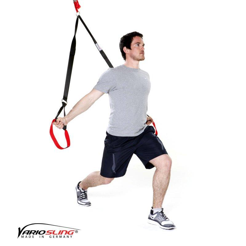 sling-trainer-uebung-ganzkoerper-aufrechte-ausfallschritte-02