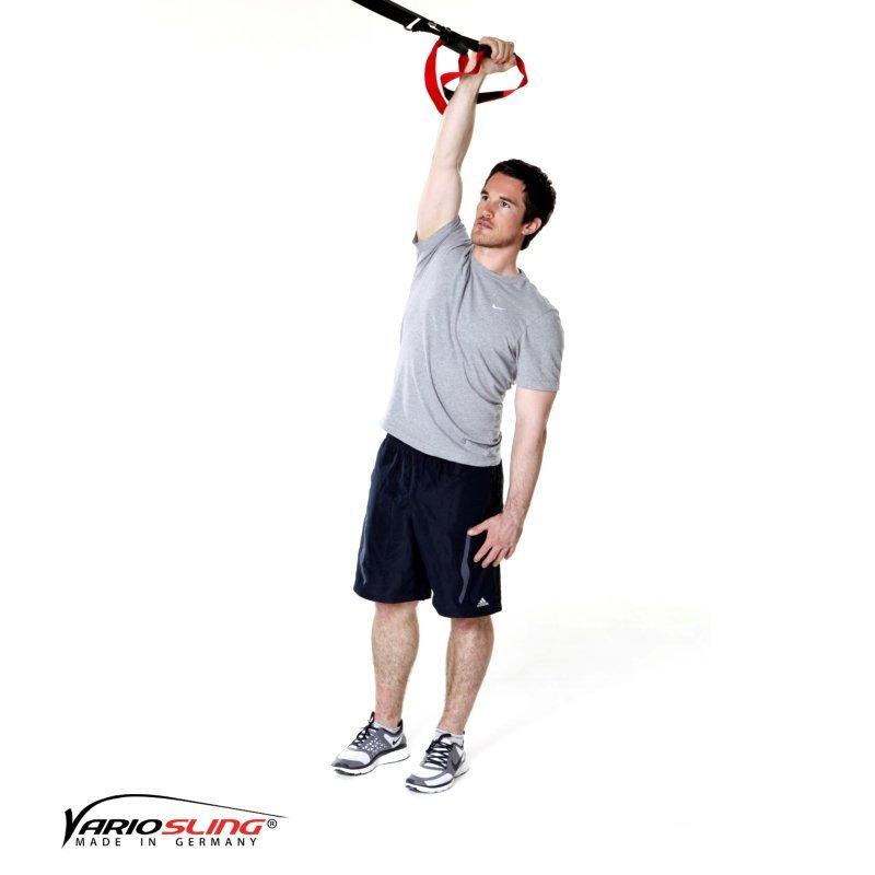 sling-trainer-uebung-ganzkoerper-ausfallschritte-mit-gestrecktem-arm-01